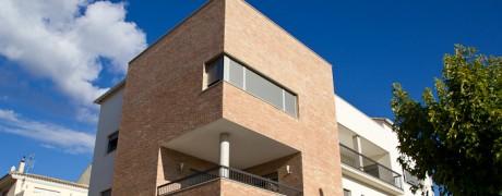 Edificio 3 viviendas Cheste